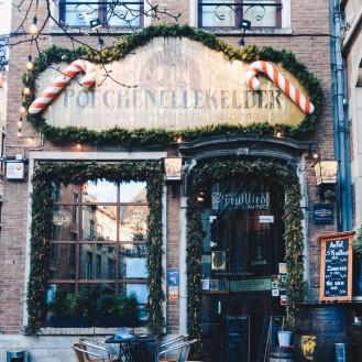 Poechenellekelder Pub in Brussels